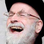 Lo que Terry Pratchett puede enseñarte sobre el arte de escribir